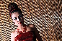 Beauty Hannah Lee Posing Non Nude In Traditional Outfit