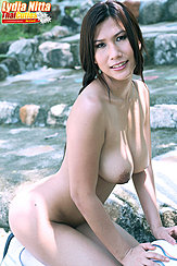 Lydia Nitta Kneeling Nude Big Breasts