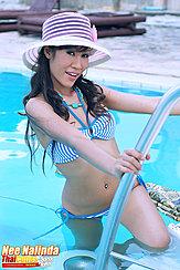 Nee Nalinda Climbing Out Of Swimming Pool Wearing Sun Hat In Bikini