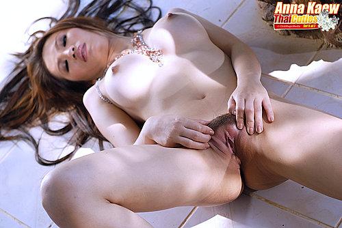 Anna Kaew